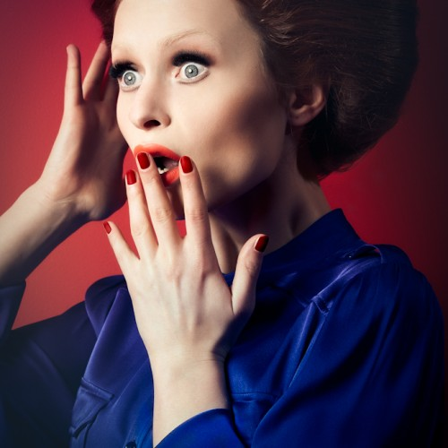 Dubai model Albe in a beauty editorial for MAC Cosmetics makeup. Photographed by Atif Abu-Samra. Hia Magazine.